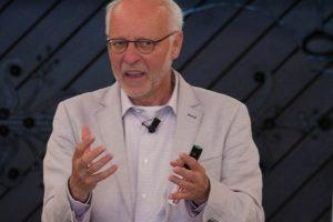 Eigen regie en kwetsbaarheid: een kritische reflectie met André Wierdsma