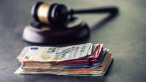 euro - geld - rechtbank - hamer