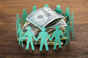 Crowdfunding kan een belangrijke vorm van crowdsourcing zijn..